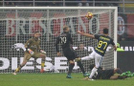 Top 5 chan chuyen tot nhat Serie A sau 13 vong - Anh 7
