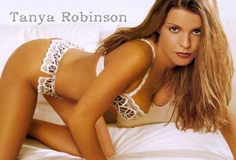 Tanya Robinson - co vo 'nong hung huc' cua cuu sao M.U - Anh 4