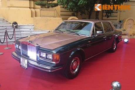 Sieu xe sang Rolls-Royce Silver Spirit 1982 'cuoi' xe cuu ho - Anh 2