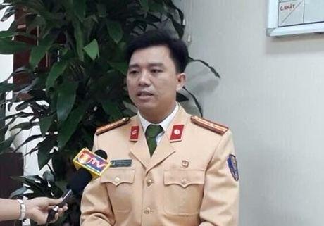 CSGT Ha Noi tra loi ve viec xu phat xe khong chinh chu - Anh 1
