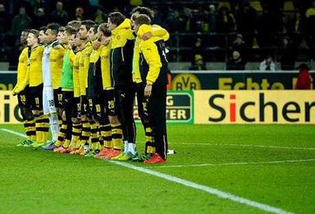 Vi chu tich 69 tuoi tai dac cu tai Borussia Dortmund - Anh 2