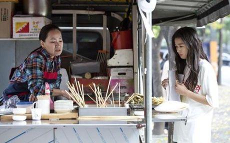 """Huyen thoai bien xanh"" tap 3: Lee Min Ho mat tri nho, Jun Ji Hyun lang thang - Anh 4"