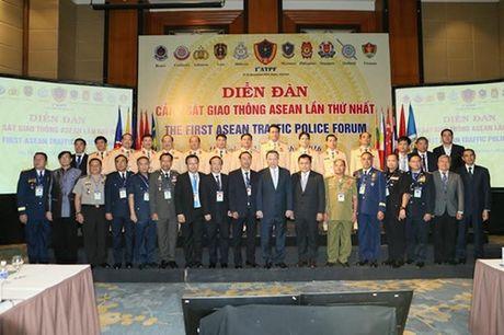 Luc luong canh sat giao thong ASEAN chia se kinh nghiem dam bao an toan giao thong - Anh 1