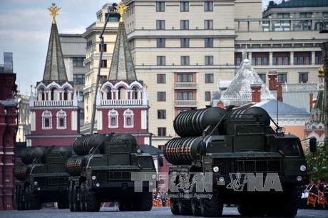 Leo thang cang thang trong quan he Nga - NATO - Anh 1