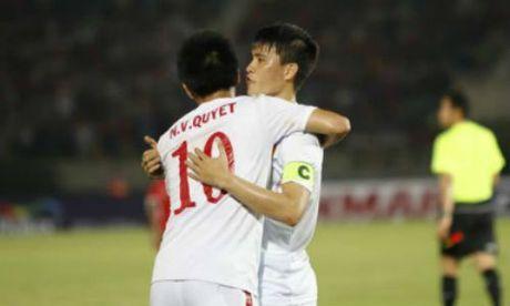 Tin nhanh AFF Cup: Myanmar co vu DTVN thang Malaysia - Anh 1