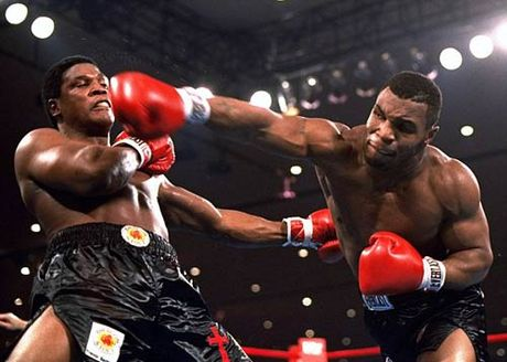 """30 nam cu knock-out dua Mike Tyson thanh """"Than"""" - Anh 1"""