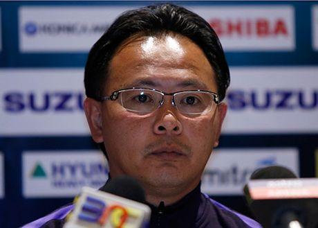 HLV Huu Thang het loi ca ngoi Malaysia truoc chung ket som - Anh 2
