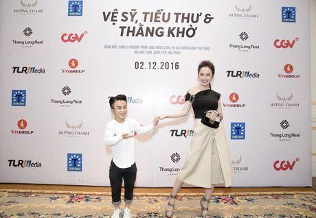 Bang Kieu, Angela Phuong Trinh hoi ngo trong buoi ra mat phim - Anh 10