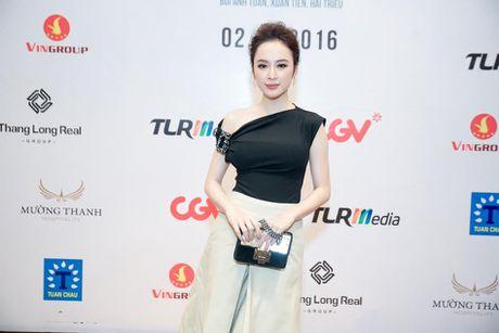 Bang Kieu, Angela Phuong Trinh hoi ngo trong buoi ra mat phim - Anh 3