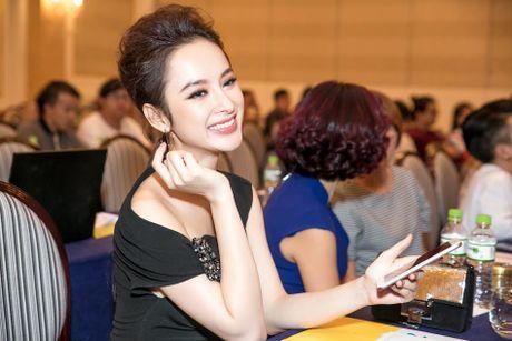 Bang Kieu, Angela Phuong Trinh hoi ngo trong buoi ra mat phim - Anh 5