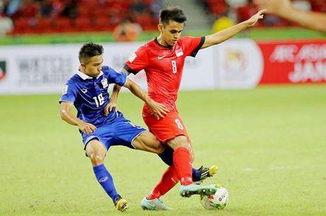 Thang nhoc Singapore 1-0, Thai Lan som gianh ve ban ket - Anh 1