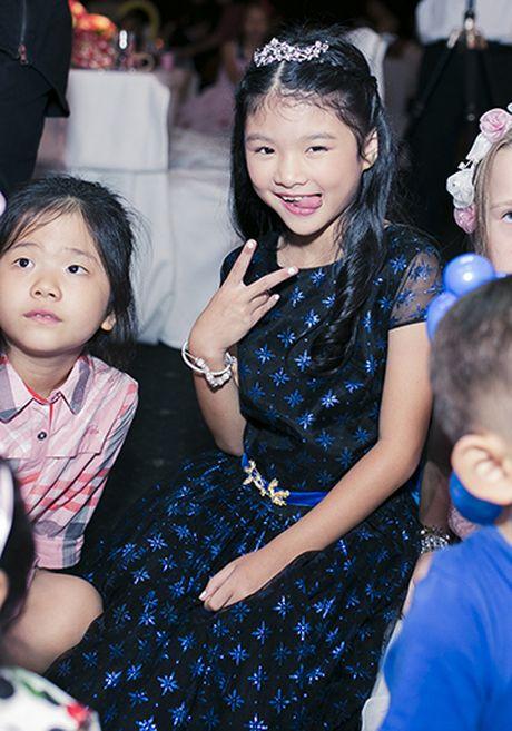 Truong Ngoc Anh - Tran Bao Son cung to chuc sinh nhat cho con gai - Anh 6