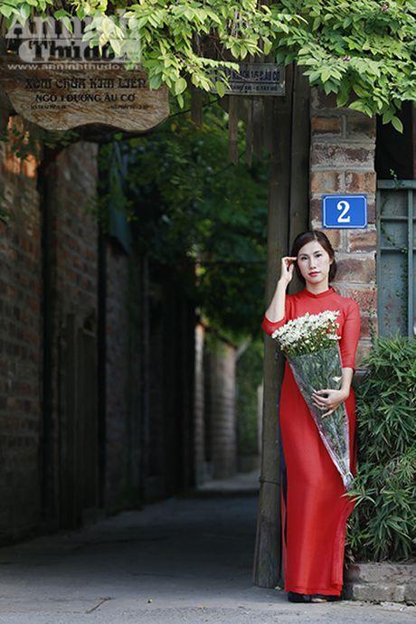 Say long hinh anh thieu nu Ha Thanh diu dang ben cuc hoa mi - Anh 11