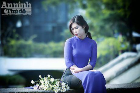Say long hinh anh thieu nu Ha Thanh diu dang ben cuc hoa mi - Anh 3