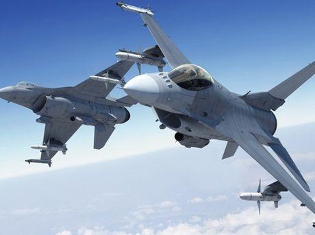 Han Quoc sap so huu phi doi F-16 manh nhat the gioi - Anh 1