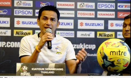 Luot 2 bang A AFF Cup: Thai Lan - Singapore - Cuoc dung do cua nhung nha vo dich - Anh 2