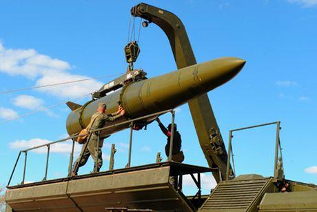 S-400, Iskander Nga ap sat phia tay tra dua My o chau Au - Anh 1
