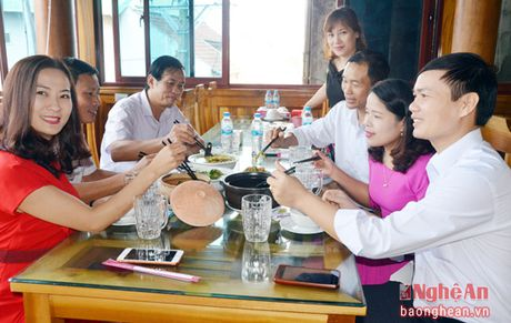 Nha hang Lam Chau: Nhieu mon ngon kho cuong tu dac san dong que - Anh 10