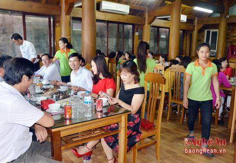 Nha hang Lam Chau: Nhieu mon ngon kho cuong tu dac san dong que - Anh 11