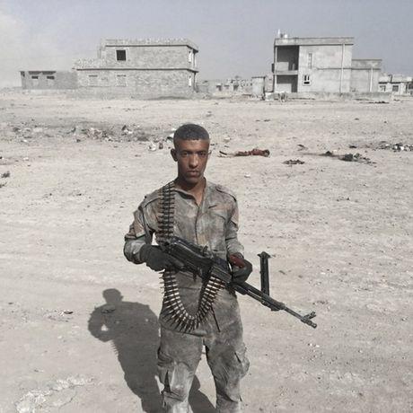 Nhung sac ao chien binh trong luc luong giai phong Mosul - Anh 1