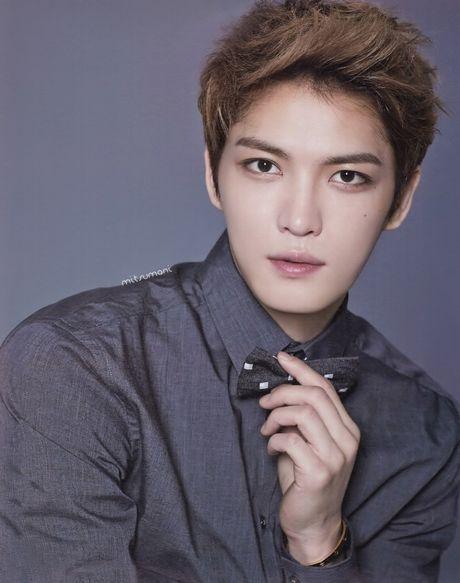 Jaejoong tro lai hoanh trang, 'den dap' xung dang cho fan sau 2 nam cho doi - Anh 2