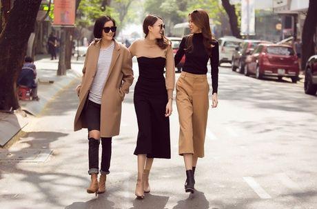 Phuong Anh - Le Ha - Kim Chi: Ai dep hon voi street style thu dong tren pho? - Anh 10