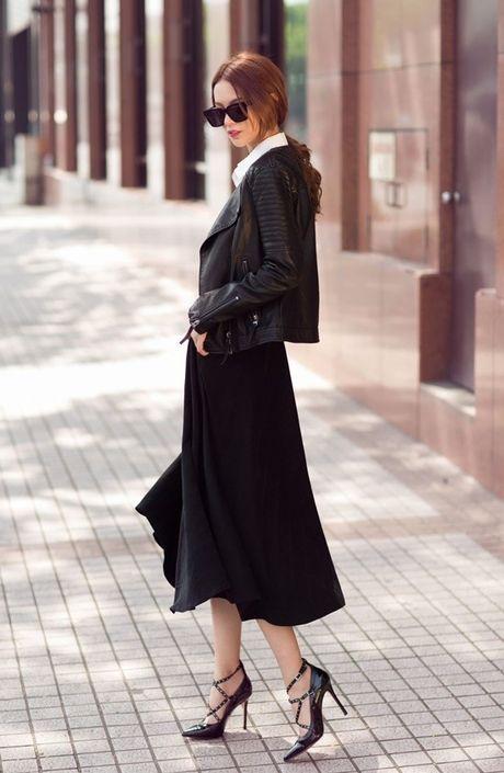 Phuong Anh - Le Ha - Kim Chi: Ai dep hon voi street style thu dong tren pho? - Anh 6