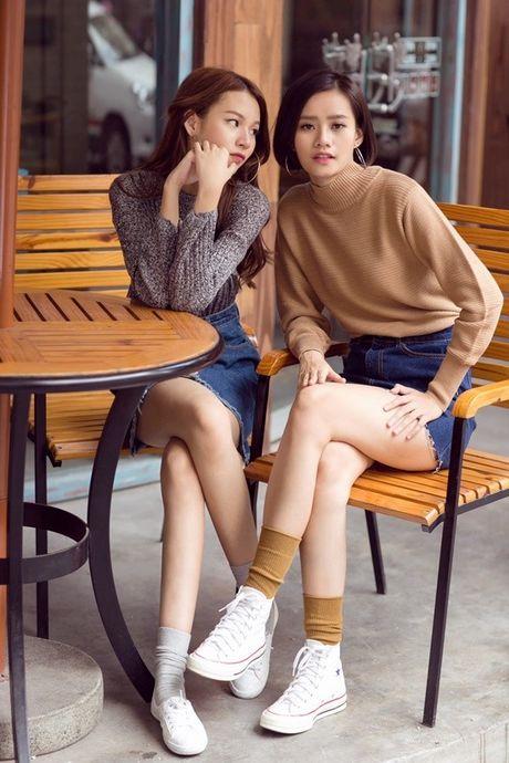 Phuong Anh - Le Ha - Kim Chi: Ai dep hon voi street style thu dong tren pho? - Anh 8