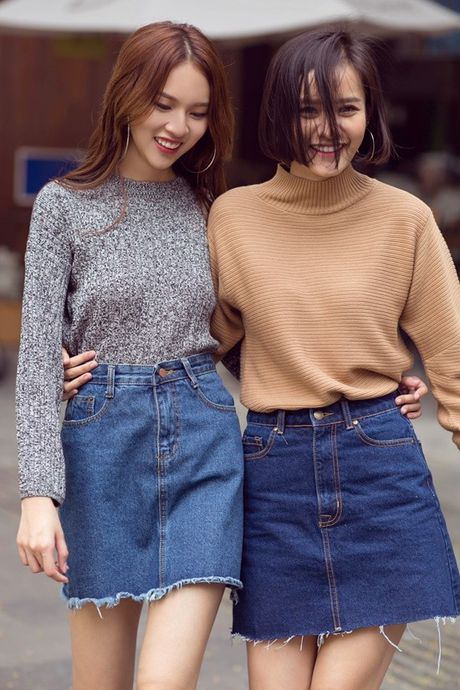 Phuong Anh - Le Ha - Kim Chi: Ai dep hon voi street style thu dong tren pho? - Anh 9
