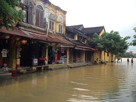 Quang Nam: Bat an voi cong tac van hanh cac ho thuy dien trong mua lu theo quy trinh 1537 - Anh 3