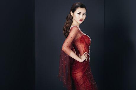 Ngoc Duyen sang Phap du Victoria's Secret fashion show 2016 - Anh 1