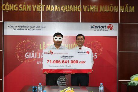 Chu nhan lanh 71 ti dong tu ve so Vietlott la nguoi den tu Quang Ngai - Anh 1