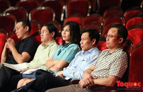 Bo truong Nguyen Ngoc Thien duyet chuong trinh Da khuc tinh yeu - Anh 1