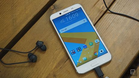 Smartphone HTC 10 Evo chinh thuc trinh lang - Anh 18