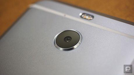 Smartphone HTC 10 Evo chinh thuc trinh lang - Anh 5