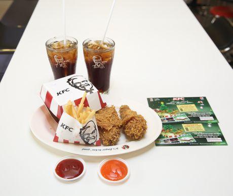 Noo Phuoc Thinh hoi ngo sao Vpop tai dem nhac Giang sinh - Anh 4
