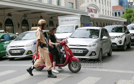Phat xe khong chinh chu: Chi la phan ngon - Anh 1