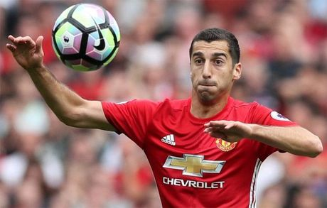 Mourinho xo toet: 'Mkhitaryan chua du trinh da voi Arsenal' - Anh 1