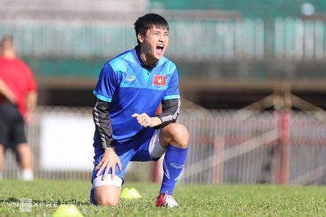 [Anh]: Tuyen Viet Nam lam quen nang nong de dau Malaysia - Anh 4