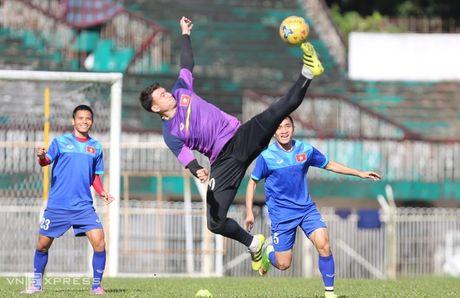 [Anh]: Tuyen Viet Nam lam quen nang nong de dau Malaysia - Anh 6