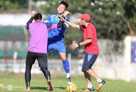 [Anh]: Tuyen Viet Nam lam quen nang nong de dau Malaysia - Anh 7