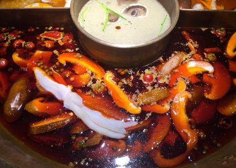 Triples Hotpot Thuong Hai & 72 gio thach thuc thuc khach sanh an - Anh 1