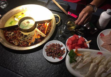 Triples Hotpot Thuong Hai & 72 gio thach thuc thuc khach sanh an - Anh 6