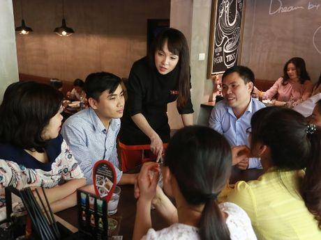 Vua dau bep Minh Nhat: 'Toi xa la va vung ve voi gioi showbiz' - Anh 3