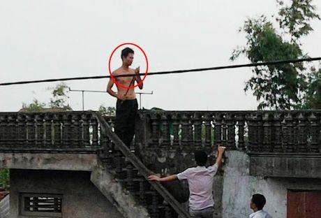 Vu nghi pham hiep dam giet 2 be gai: Bi hai nhan an nhan lam cha nuoi - Anh 2