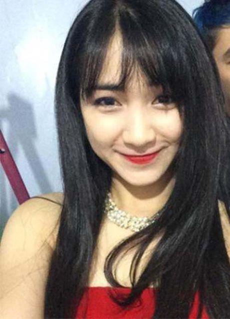 Hoa Minzy 'noi loan', sexy sau thua nhan bi Cong Phuong bo roi - Anh 9
