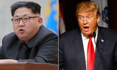 Kim Jong-un muon gi khi viet tam thu dai 9 trang gui Donald Trump? - Anh 1