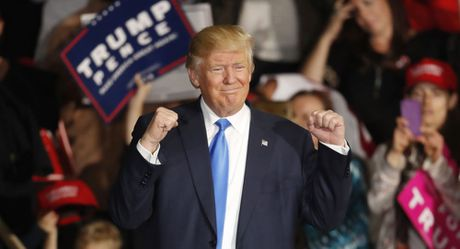 Sau tu choi TPP, Donald Trump se lam gi tiep theo? - Anh 1