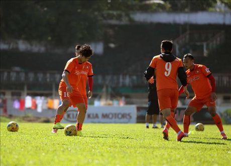 15h30 ngay 23/11, Malaysia vs Viet Nam: Cong Phuong tiep tuc du bi? - Anh 1