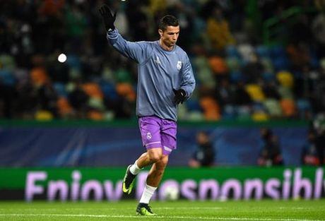 5 diem nhan Sporting 1-2 Real Madrid: Du o Madrid, Manchester hay Lisbon, Ronaldo van la mot bieu tuong - Anh 1